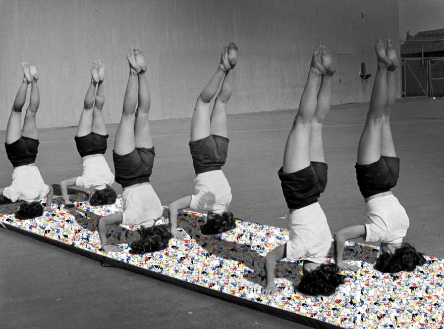 headstand pavé